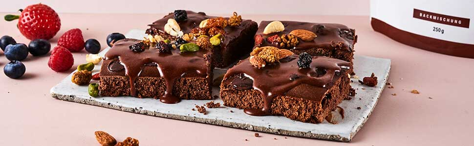 Brownies with nuts & amp; berries